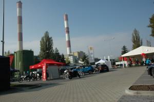 Na zdjęciu widać dwa olbrzymie kominy EC4